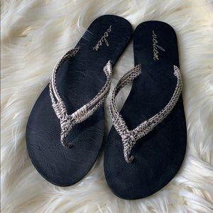 Volcom stone flip flops